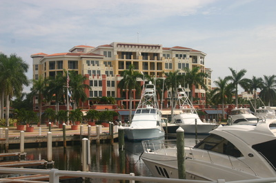 Jupiter Yacht Club Condos